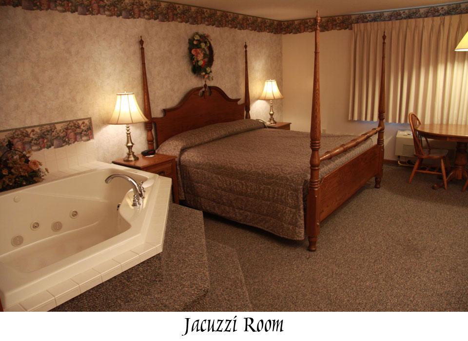 jacuzzi-room-3714