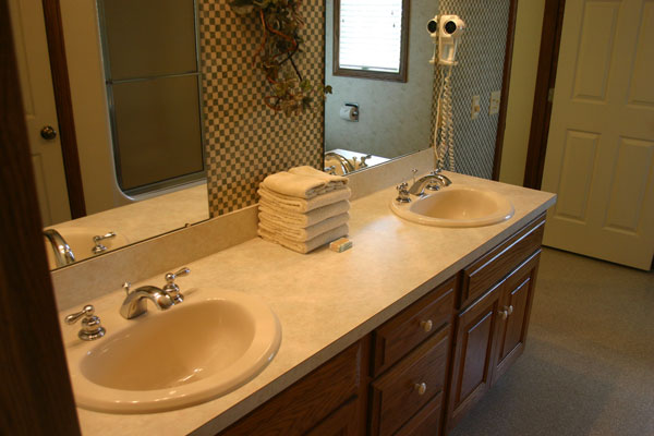 two-bedroom-suite-bath-room-vanity
